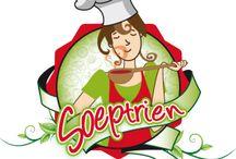 Soeptrien / Wij van Café Salento zijn niet alleen fan van koffie, maar ook van soep! Wij hebben daarom ook een speciaal aanbod aan soepen op de werkvloer. De soepautomaat Soeptrien levert heerlijke kop warme soep. Of u nu de voorkeur geeft aan gebonden soepen of soepen op basis van bouillon, bij Soeptrien bent u verzekerd van de lekkerste soepen die speciaal geselecteerd zijn voor onze soepmachines.  Nog meer zin in soep? Kijk dan verder naar onze pins van heerlijke soepgerechten!