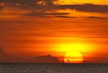 Stunning Sunsets / Here are some sights for sore eyes if ever there were...