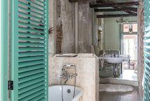 Mr. Bubble / Ideas for a tiny bathroom