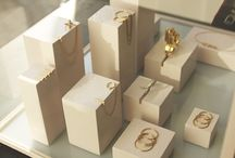 jewellery merchandising. / jewellery vm ideas