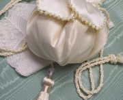 Victorian Accessories:  Aprons, Gloves, Shawls and Purses / Elegant accessories with a Victorian flair!  Ruffled aprons, beaded purses and peacock shawls will add just the touch you need.