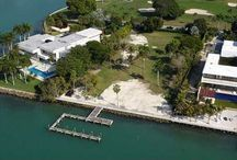 2 Indian Creek Dr. / Exclusive 2 acre site on the private Indian Creek Island. It sits on 200 feet of wide bay facing west with the largest residential dock in Miami Dade County. Enjoy complete privacy, fully secured world class golf club community protected by its own dedicated police force / boat patrol. Stunning residences surrounding the championship golf course… a very prestigious location! Located near the famous Bal Harbour shops, beaches, Lincoln Road, South Beach, and all of the Miami Beach amenities.