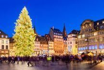 Mercatini di Natale / Dalla fine di novembre fino al 6 gennaio, in molte città si aprono i tradizionali mercatini di Natale. Immergiti nella loro atmosfera unica scegliendo i nostri viaggi di gruppo o i nuovi viaggi individuali.