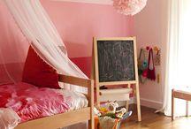 Sophia's big girl room / Growing up!