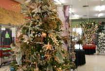 Trendy Theme Trees / Decorated Christmas trees are a specialty at Alsip Home & Nursery, and this year especially, they are absolutely fabulous! Here are our Top 5 Trends for this year and all of the other themed and novelty trees we have to offer!