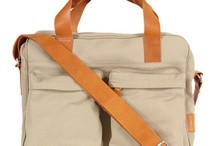 Laptop Bags / Cool laptop bags, messenger bags and other stuff for transporting laptop.
