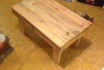Nueva vida con madera / Proyectos con materiales de re uso principalmente madera