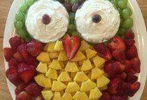 plat fruits décoratif et gateaux