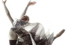 """Roberta Redaelli nuova collezione ECLECkTICA P/E 2014 / Roberta Redaelli ECLèCkTICA,  nuova collezione Primavera/Estate 2014.  Una collezione che per la stessa designer è stato un vero e proprio """"Colpo di Fulmine""""e ha scelto di raccontarlo con una testimonial d'eccellenza : Virna Toppi, stella nascente de """"La Scala di Milano""""."""