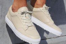 Nieuwe schoenen ?