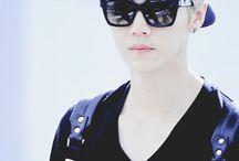 EXO-LuHan-YiFan= ONE
