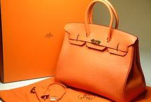 Purses, Bags, Satchels, Clutches, Totes... / All types of beautiful purses / by Lucero Garcia-Peralta