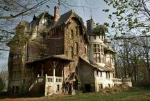 in The Addams Family House / abandoned houses, old buildings, castles, haunted houses,