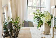 Dining Room and Table Scape Ideas and Inspiration / Farmhouse style dining room and table scape ideas and inspiration.