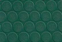 Επαγγελματικά Πλαστικά Δάπεδα / Στη Max Carpet θα βρείτε τον επιδαπέδιο επαγγελματικό εξοπλισμό που ψάχνετε. Πλαστικά δάπεδα και επαγγελματικές μοκέτες στις καλύτερες τιμές της αγοράς, με εγγύηση ποιότητας και άμεση εξυπηρέτηση.