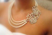 Jewellery-necklaces