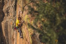 ROCK CLIMBING PHOTOGRAPHY / Getting on a rope or bouldering