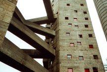 Verso (l'immagine di) un'architettura