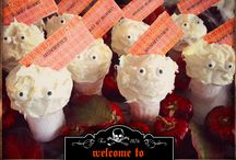 Halloween Food & Drinks / All things Halloween. From easy appetizers to meals to drinks and desserts.