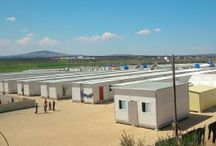 REFUGEE CAMPS / MÜLTECİ KAMPLARI / Our company is very actively working in humanitarian field. Until now, we produced 5000+ modular housing units and social facilities for the people in need in Turkey and Syria.