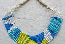 Znahor Bizuteria / - răsucirea / împletirea / țeserea cu măiestrie a materialelor excentrice făurind culorile eleganței -