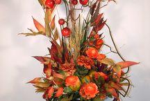 flower arrangements / by Carolyn Shortt