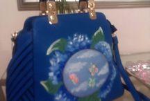 Borse dipinte a mano / Dipinti a mano su borse e accessori, soggetti che dalle mie tele arrivano sulle borse, l' Arte a spasso con noi, per essere uniche
