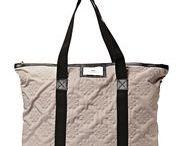 Accessoarer / Smycken, väskor, skor osv