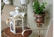 Porch Song / Fabulous Ideas and Inspirations for Things I Could Actually Do On My Own Ranch House Porch