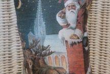 CHRISTMAS HOLIDAY PILLOW GIFTS