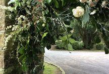 Kissing gate florals