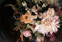 Flowers / by Mary Ann Slaten