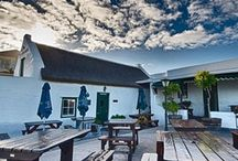 Ons Huisie - Bloubergstrand / Experience historical culture and fine cuisine at Ons Huisie!