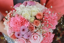 Wedding Flowers / by Page Porter