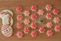 TIPS - DECORATING CAKE & COOKIE / by Camille Hatcher