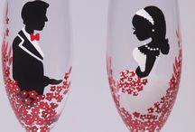 GLASSES FOR NEWLYWEDS / ιδεες για ποτηρια που θα εχεις στις σουιτες νεωνυμφων...που θα τους τα κανουμε σαν δωρο...