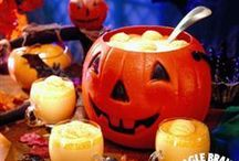 Halloween Eats & Treats / No Halloween is complete without our deliciously spooky treats!