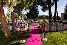 """Boda """"Pretty in Pink"""" / Así de espectacular quedó la boda de Gema y Víctor en el pinar de La Salve"""