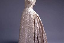 Ballgowns / A collection of the most beautiful Vintage and Contemporary Ballgowns.