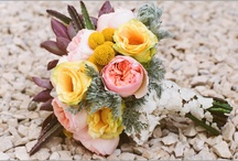 Wedding Flowers / My wedding has passed but i'm still addicted to wedding flowers. They're all so beautiful. I can't stop pinning.  / by Michaela Zalko