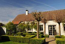 Vakantiehuizen Oost-Vlaanderen / Op dit bord tref je een aanbod van vakantiehuizen in de regio Oost-Vlaanderen te België aan. Deze zijn veelal online via onze website Recreatiewoning.nl te boeken. Het huuraanbod op onze site is afkomstig van zowel particulier als zakelijke verhuurders.