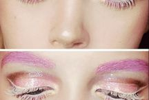 | make up |