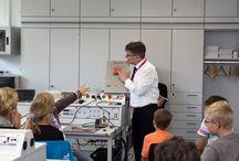 Frag den Frosch - Kinderuni / Spielerisch Technik erleben und begreifbar machen - das ist eines der Ziele unserer Kinder-Uni, deren Maskottchen ein Frosch ist - also, frag den Frosch!
