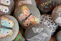 Stones / Stones art! / by Carolina Quesada