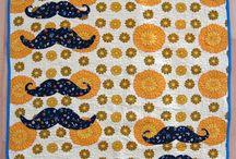 .MORGENSCHOENE. Quilts / Babyquilts aus alter Damastbettwäsche