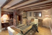 Beautiful Beams / Who doesn't love a beam?! See our properties for sale in Cheshire.