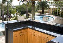Outdoor Kitchen / by Deanna Lowenthal