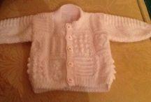 Baby cardigan / Textured