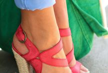 Women's Shoes / by Melissa Zuniga