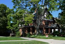 Battle Creek Bungalows / The Arts and Crafts Style Homes of Battle Creek Michigan were built during the financial boom created by the Kellogg and Post Cereal Companies in the late 1800's to early 1900's